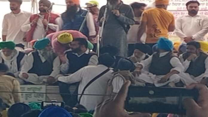 Lakha Sidhana, wanted in Delhi R-Day case, spotted at rally in Punjab