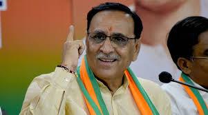 وجے روپانی کل راجکوٹ میں پی پی ای کٹ پہن کر ووٹ ڈالیں گے